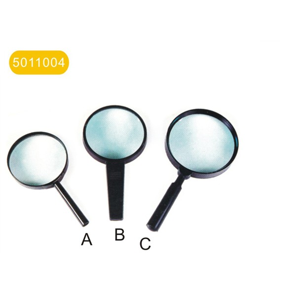 """Magnifier with plastic handle  """